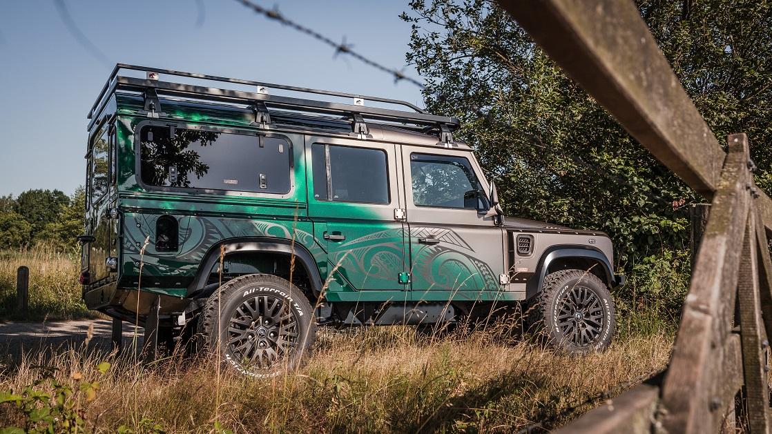 Maori Land Rover Defender
