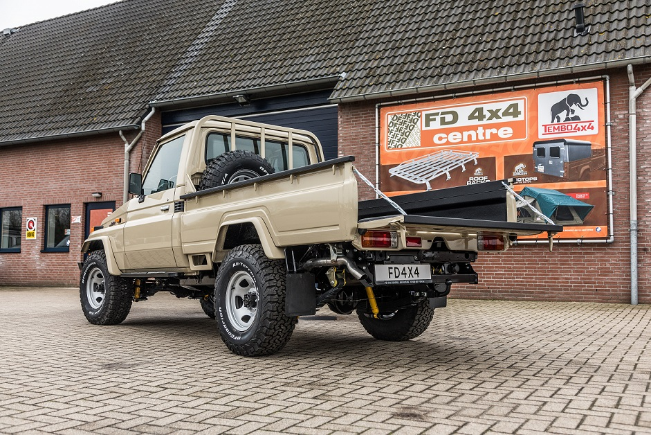 Restoration project rear land cruiser 75-series