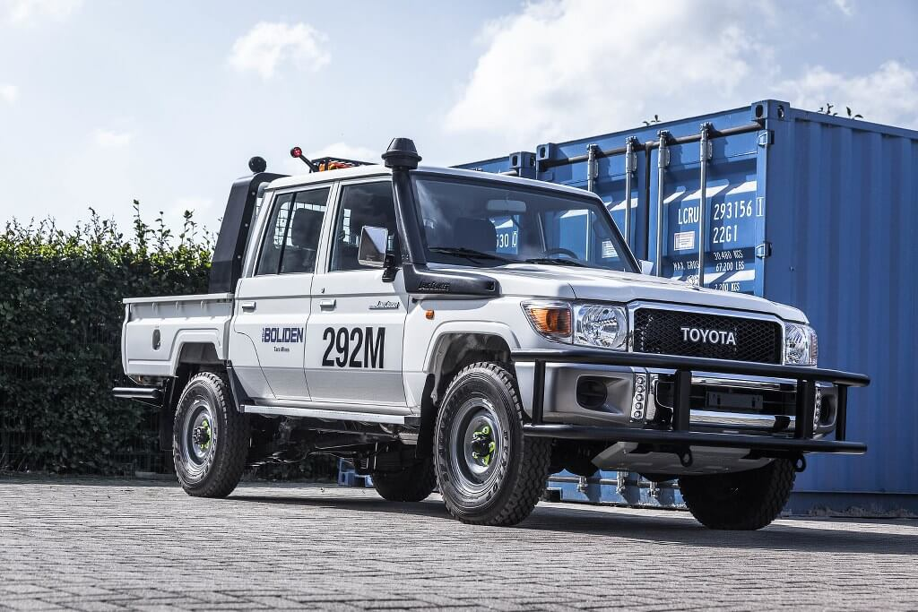 Land Cruiser 79 DC conversion for mining